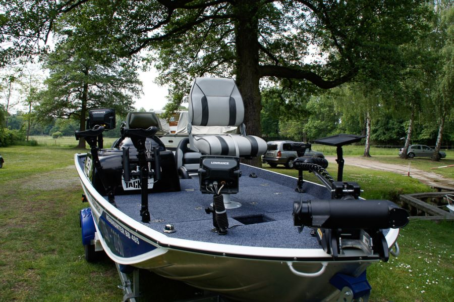 DEKA 485 Tournament Bassboat - Angelboot aus Aluminium, Aufbau 2