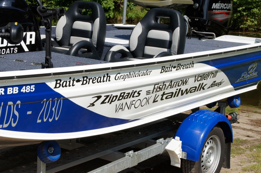 DEKA 485 Tournament Bassboat - Angelboot aus Aluminium, Aufbau 3