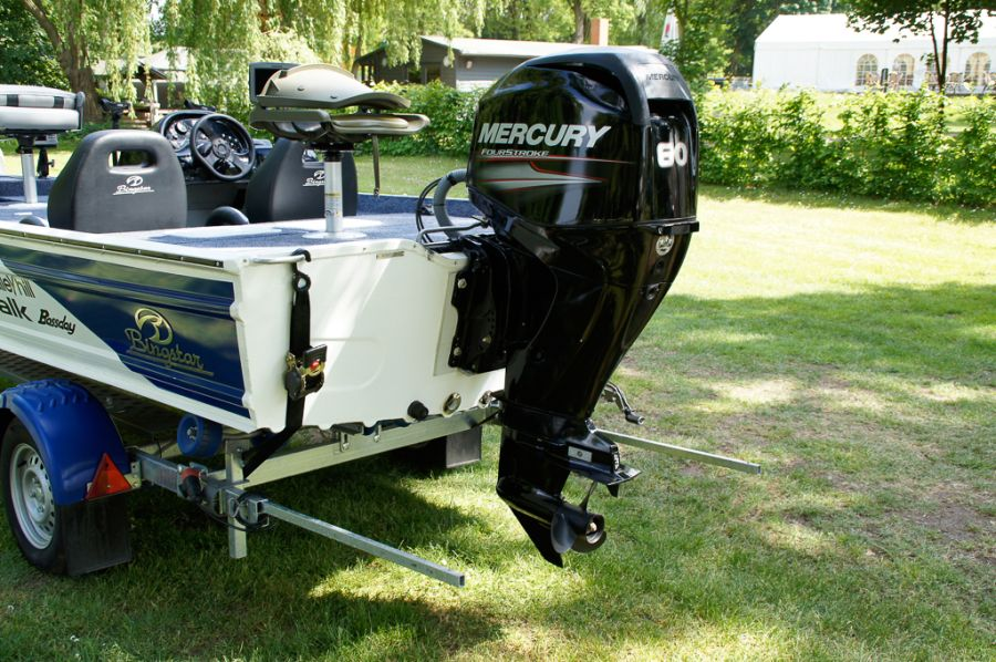 DEKA 485 Tournament Bassboat - Angelboot aus Aluminium, Aufbau 5
