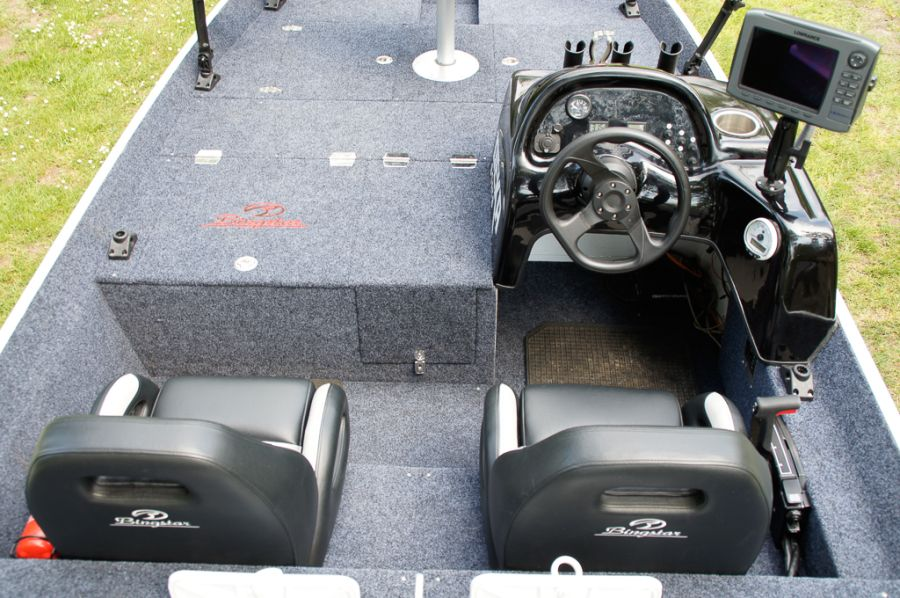 DEKA 485 Tournament Bassboat - Angelboot aus Aluminium, Aufbau 8