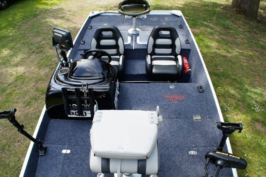 DEKA 485 Tournament Bassboat - Angelboot aus Aluminium, Aufbau 9