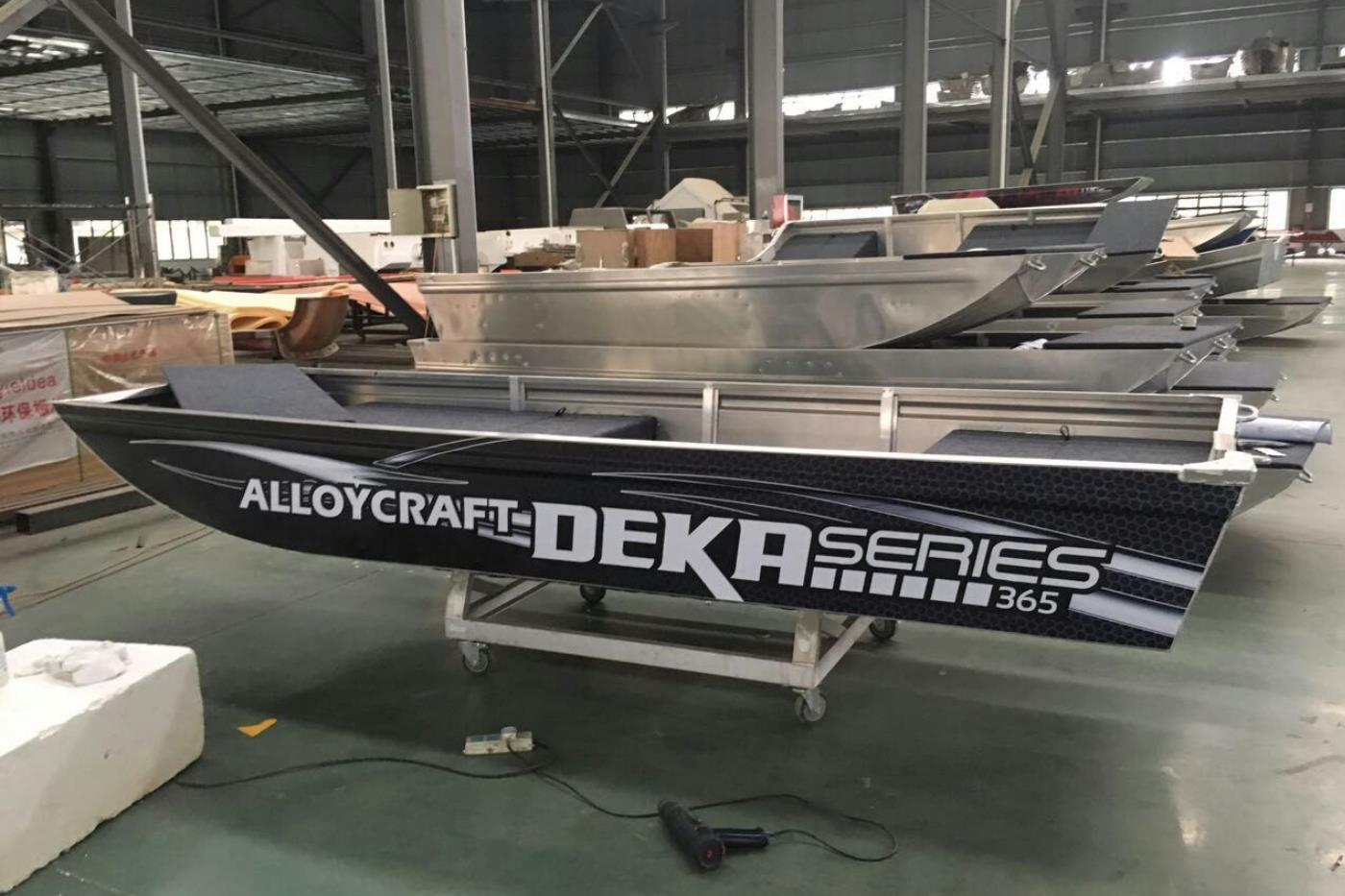 DEKA Boote powered by Alloycraft